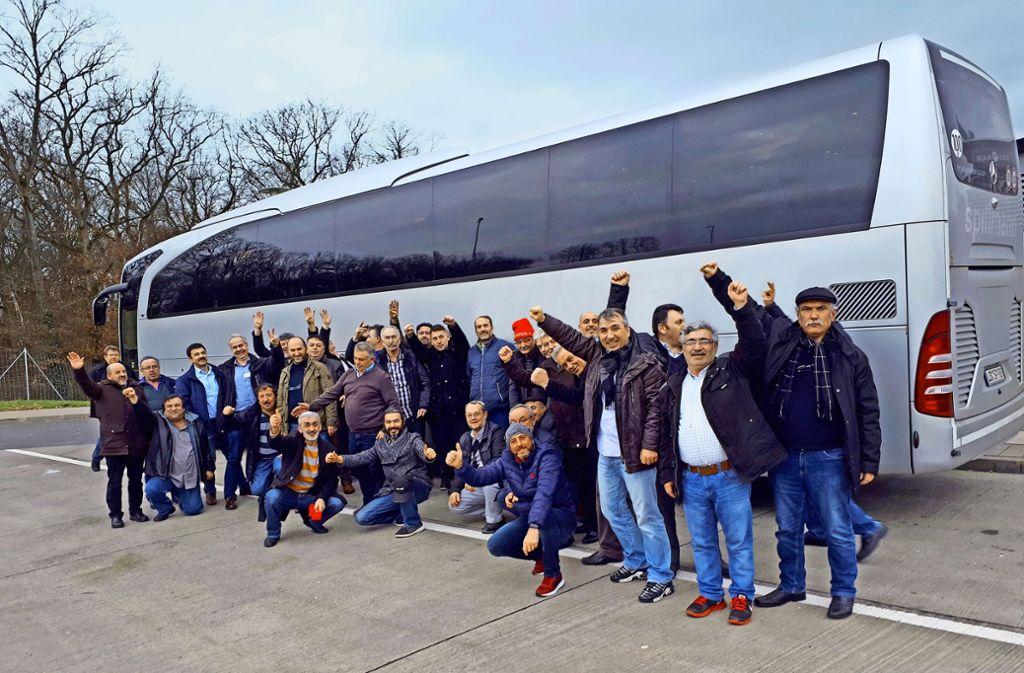 Der Jubel bei den Werzalit-Arbeitnehmern ist nach dem Erfolg in Erfurt groß Foto: privat