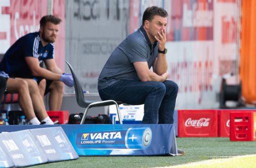 HSV-Trainer Dieter Hecking stünde für weitere Saison bereit
