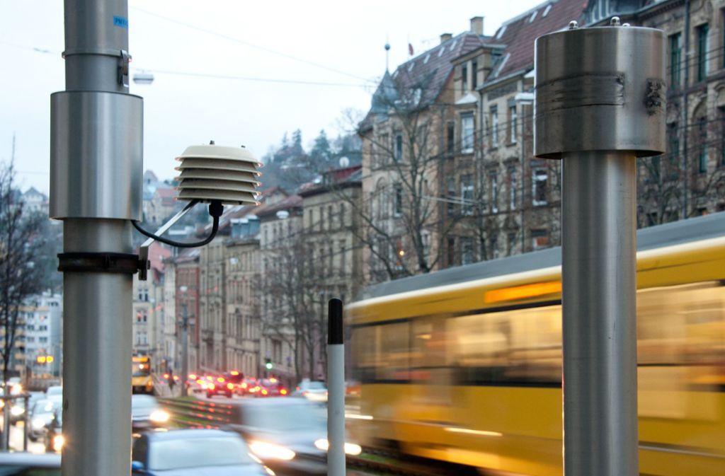 Die Stadtverwaltung nannte noch keinen festen Zeitpunkt für das Ende des ersten Feinstaubalarms in Stuttgart. Foto: dpa