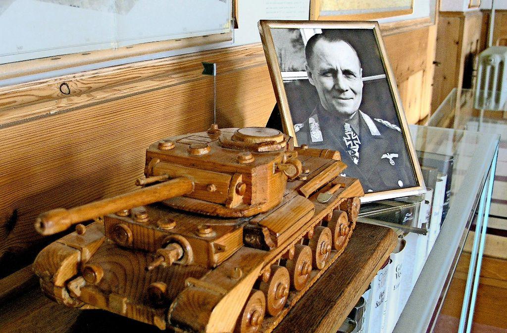 In Herrlingen wird Rommel, dem Panzergeneral Foto: Bäßler (2), dpa