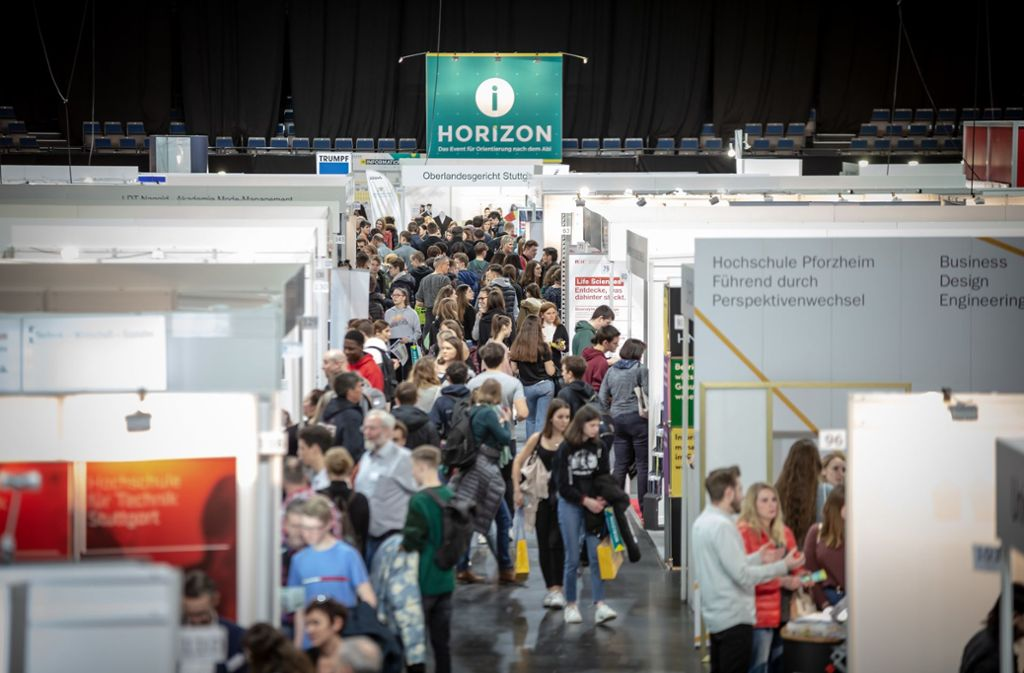 Andrang auf der Bildungsmesse Horizon in der Hanns-Martin-Schleyer-Halle. Foto: Lichtgut/Julian Rettig