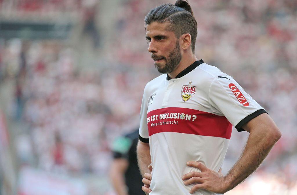 Bleibt Emiliano Insua beim VfB, bekommt er wohl neue Konkurrenz – die Stuttgarter sind an Borna Sosa dran. Foto: Baumann