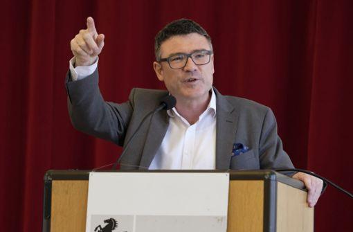 """Kaufmann nennt Wahl von Kemmerich  """"schweren Fehler"""""""