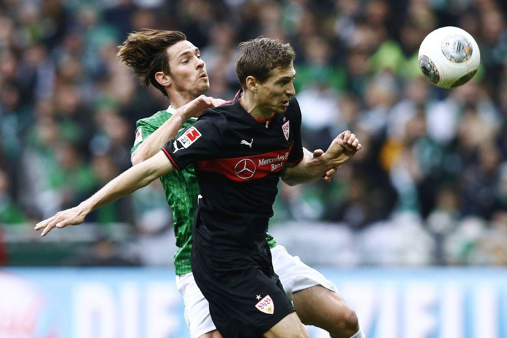 Georg Niedermeier schießt den VfB Stuttgart in Führung. Das Spiel endet durch das Gegentor von Aaron Hunt jedoch unentschieden. Foto: Getty