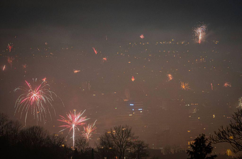 Das Silvesterfeuerwerk über Stuttgart sorgt für höhere Feinstaubwerte. Foto: 7aktuell.de/Alexander Hald