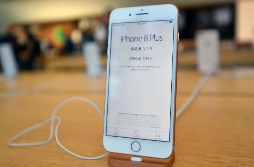 Akku-Problem lässt Apple-Handy platzen