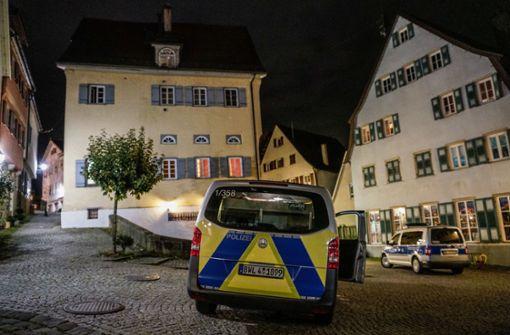 Täter schlägt Mann krankenhausreif