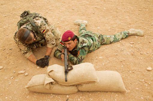 Debatte über Bundeswehreinsatz im Irak