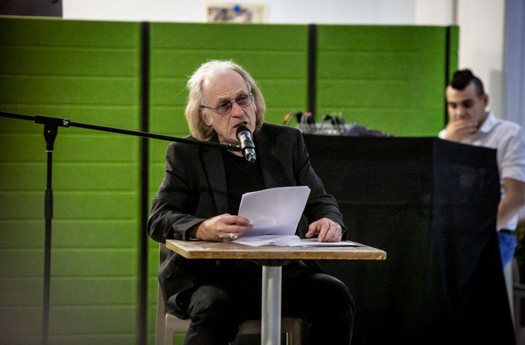 Autor Joe Bauer ist einer von vier Gründern einer privaten Initiative, die Künstlern hilft. Foto: Lichtgut/Julian Rettig