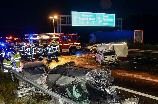 Zwei Unfalltote bei Unfallserie