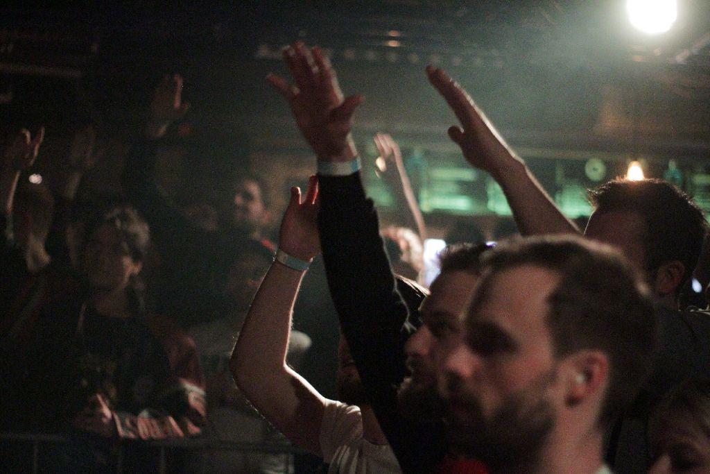 Diese Stadt hat einiges zu bieten: Bands, die mit ehrlichem Rock oder Punk durch die Lande ziehen und die Menschen zum Tanzen bringen. Foto: Jan Georg Plavec