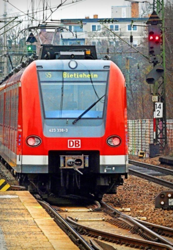 Um die Verlängerung der S-Bahnlinie 5 bis nach Vaihingen/Enz wurde lange gerungen – doch nun ist das Aus des Projekts besiegelt. Foto: factum/Bach