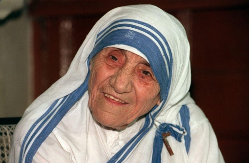 Die Nonne Mutter Teresa war 1997 im Alter von 87 Jahren gestorben. Nun hat Papst Franziskus ihrer Heiligsprechung zugestimmt. Foto: dpa