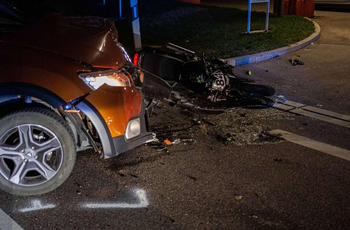 Die Autofahrerin bliebt unverletzt. Foto: 7aktuell.de/ JB