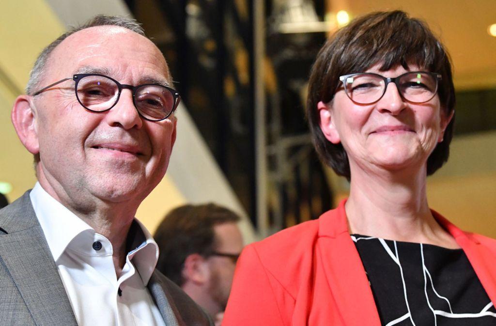 Norbert Walter-Borjans (l.) und Saskia Esken wollen der Union neue Reformprojekte abringen. Foto: dpa/Bernd von Jutrczenka