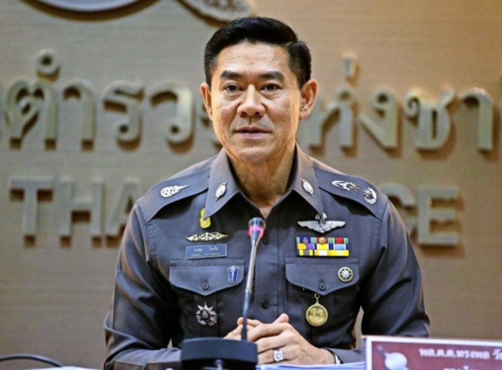 Polizeisprecher Songpol Wattanachai beschwichtigt die Bürger. Foto: AP