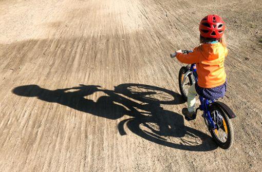 Sechsjähriger radelt auf kanadischer Autobahn