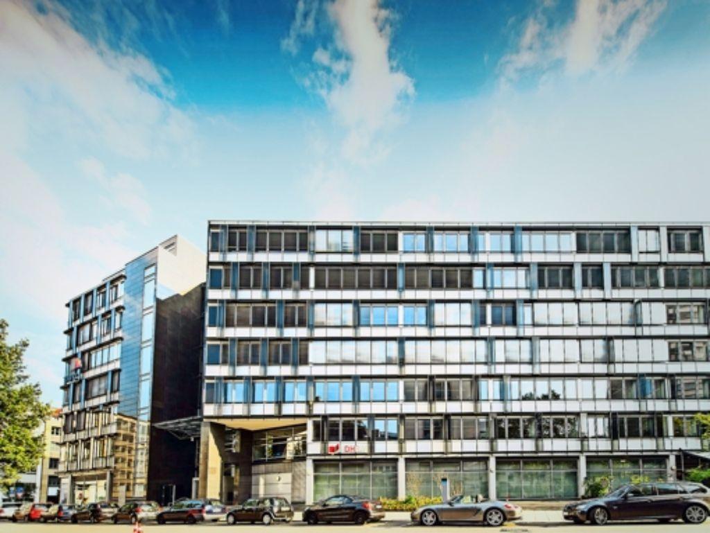 Die Zentrale der Dualen Hochschule in Stuttgart – hier dürfte wegen der Finanzkrise besonders gespart werden. Klare Ansage: Ministerin  Bauer, DHBW-Präsident  Geilsdörfer Foto: Ridder, dpa, Lg/Potente