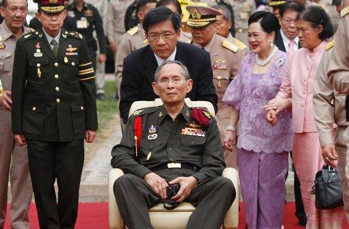 Ein Jahr Staatstrauer in Thailand