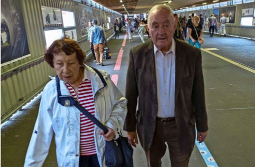 Ältere Menschen bleiben bisher gelassen