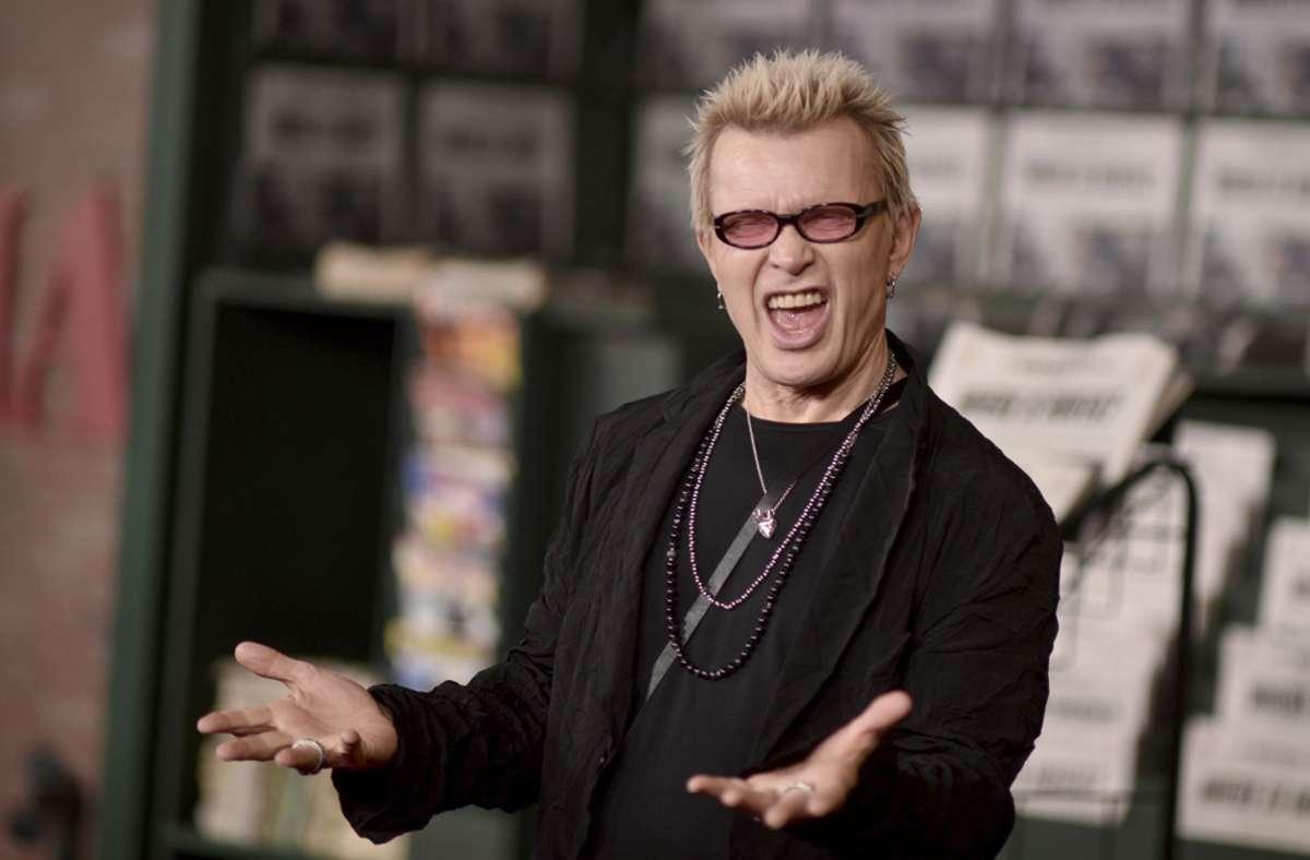 Markenzeichen Stachelfrisur: der Rocksänger Billy Idol Foto: dpa/Richard Shotwell