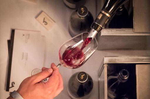 Weinproben und Mehr-Gänge-Menüs