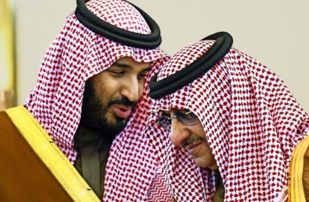 Gescheiterter Diplomat: Der saudische Verteidigungsminister  Mohamed bin Salman (li.) im Gespräch mit Innenminister   Bin Najef. Foto: AFP