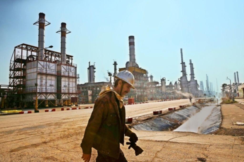 Die deutsche Industrie sieht einen großen  Nachholbedarf des Iran bei der Modernisierung der Infrastruktur. Insbesondere die Erneuerung  der Ölindustrie eröffne   Chancen. Foto: AP
