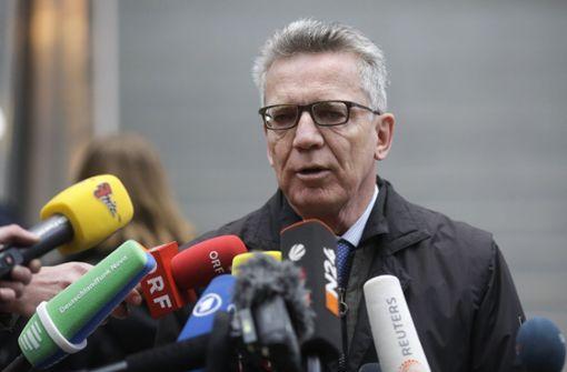 Innenminister de Maizière lobt Sicherheitsbehörden