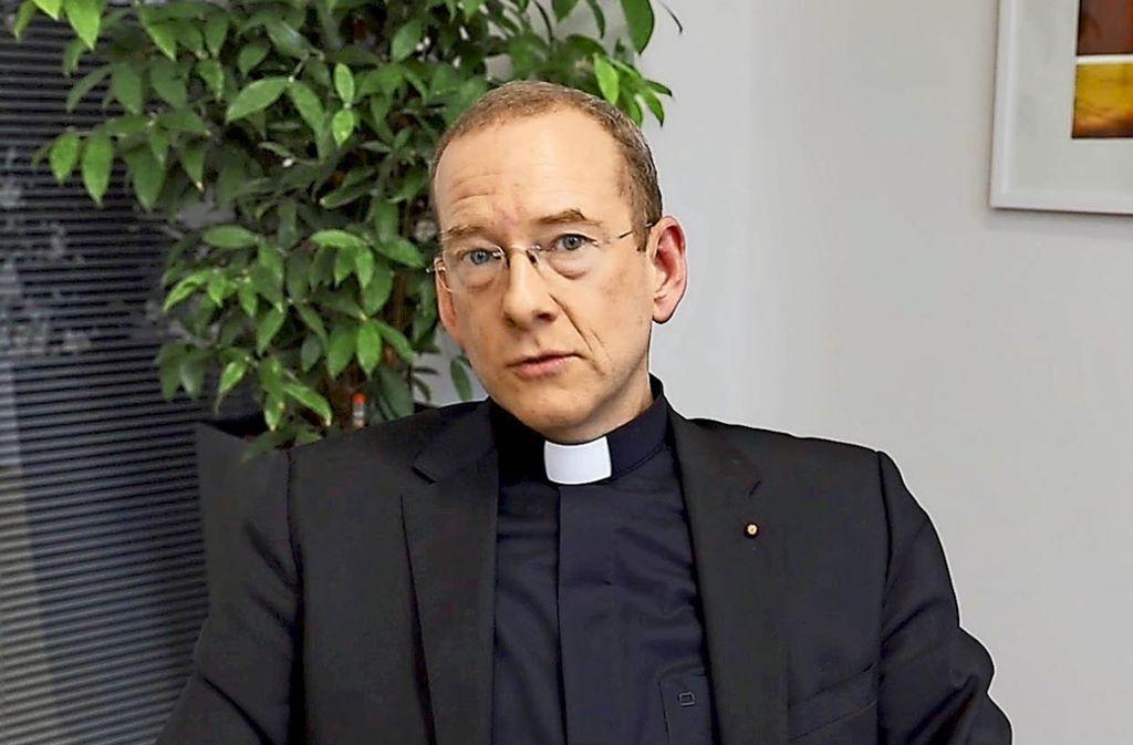 """Monsignore Christian Hermes, der katholische Stadtdekan von Stuttgart, fordert Demonstrationen gegen t """"Menschenverachtung im Rotlicht"""". Foto: Screenshot"""