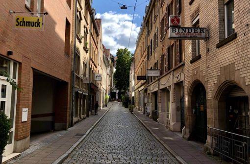 Stuttgart hat viele schöne Ecken. Ganz vorne mit dabei: das Bohnenviertel. In unserem Hoodcheck zeigen wir euch, was unweit von Rathaus und Co. so geht.