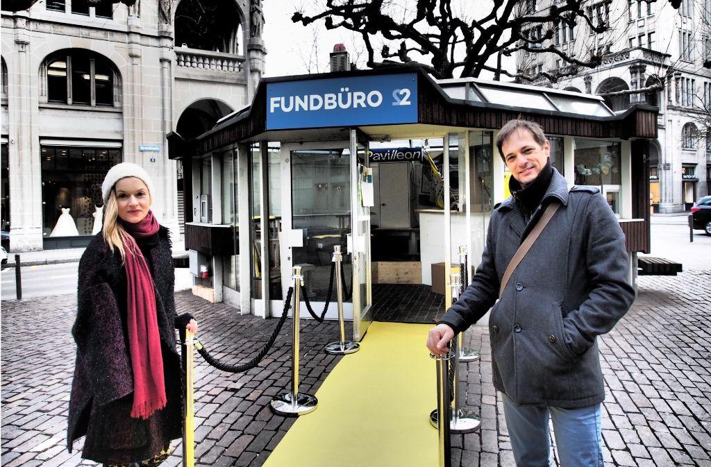 Andrea Keller und Patrick Bolle haben in Zürich ein Fundbüro für Immaterielles eingerichtet. Foto: Dani Kern
