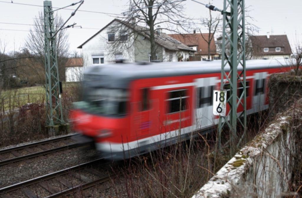 Steigt der Lärm auf der bisherigen S-Bahn-Strecke durch den Fernverkehr? Anwohner sind in Sorge. Foto: Achim Zweygarth