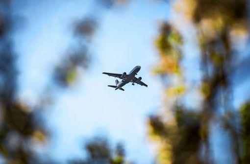 Streit um neue Flugrouten vertagt