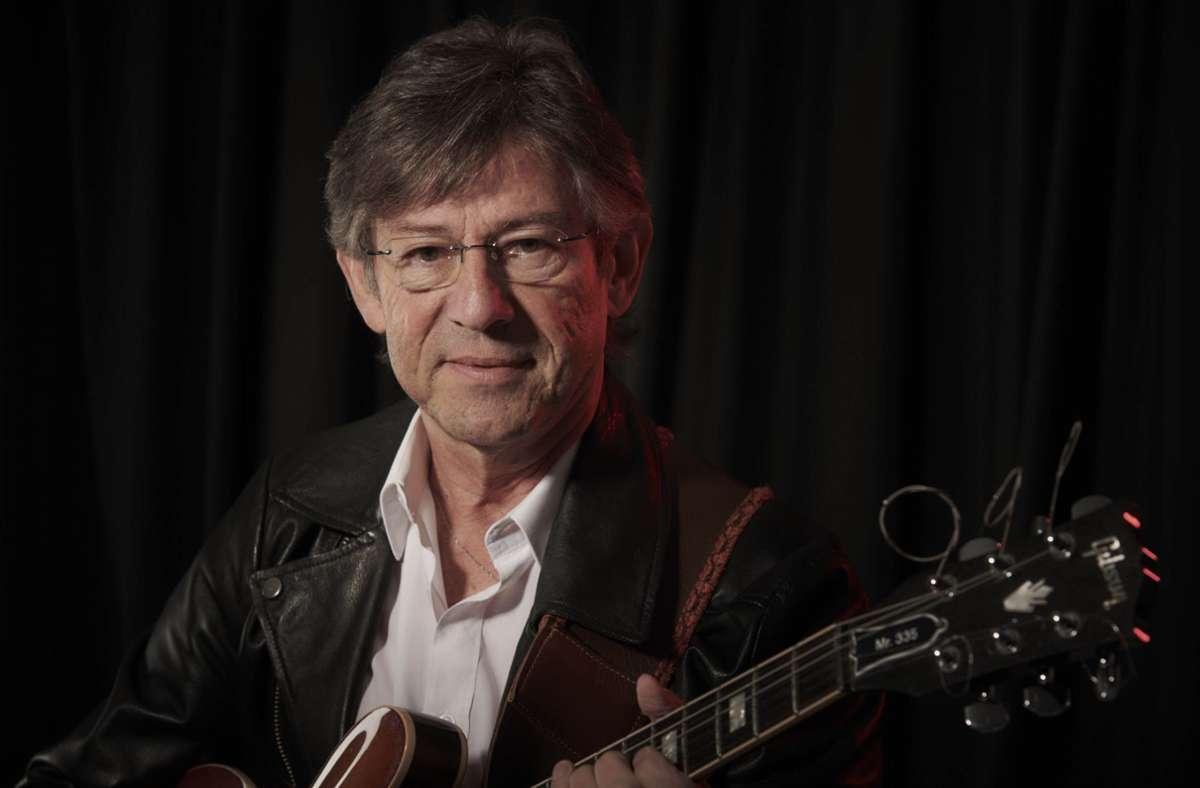Top-Gitarrist aus der Tübinger Gegend: Albe Mayer-Mikosch. Foto: michaelsetz.com/MICHAEL SETZ