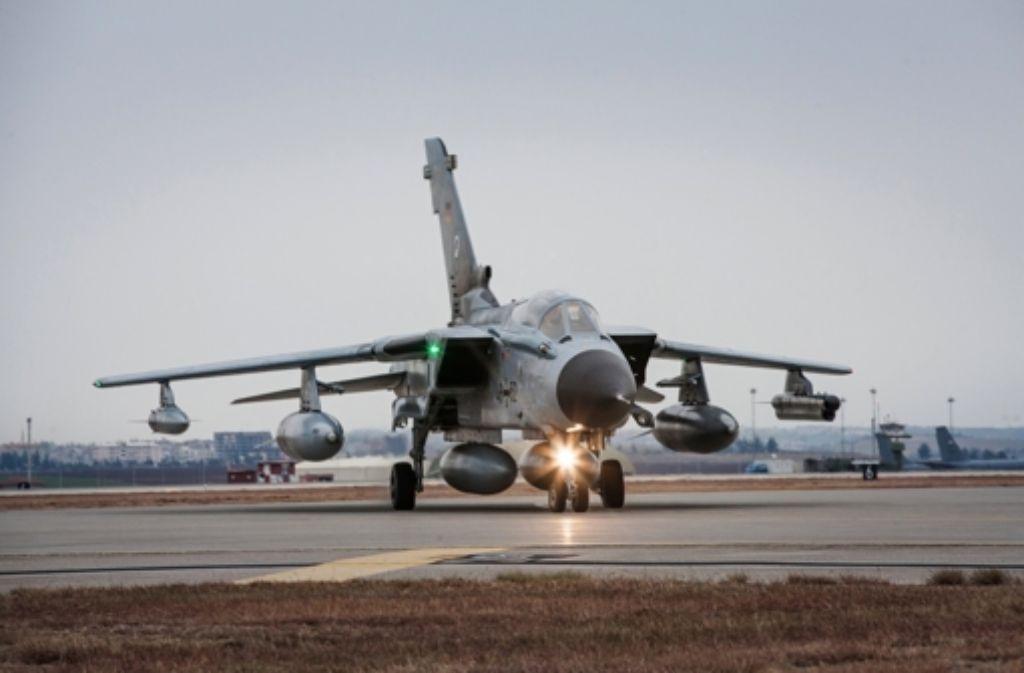 Deutscher Tornado auf dem türkischen Luftwaffenstützpunkt Incirlik. Foto: dpa