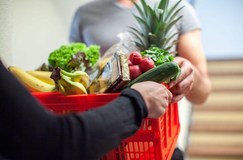 Lokale  Online-Lebensmittelhändler liefern ihre Ware häufig in Mehrwegboxen. Foto: dpa