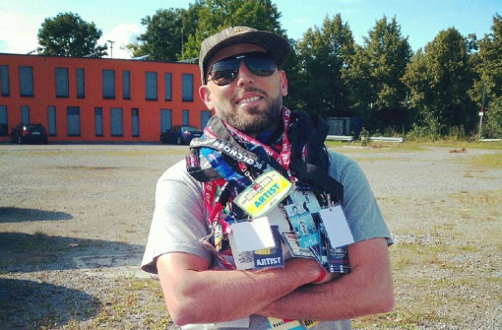 Fast 15 Jahre HipHop Open um den Hals: DJ Emilio. Foto: privat