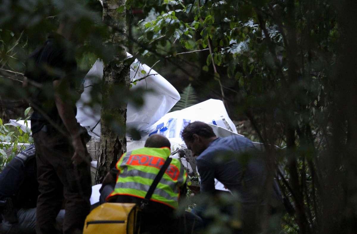 Die beiden Insassen des Ultraleichtflugzeugs  kamen bei dem Absturz in der Nähe von Karlsruhe ums Leben. Foto: dpa/Thomas Riedel