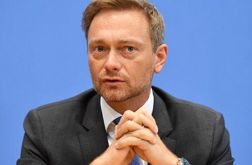 Kopfschütteln über  Lindners Ideen zur Krim