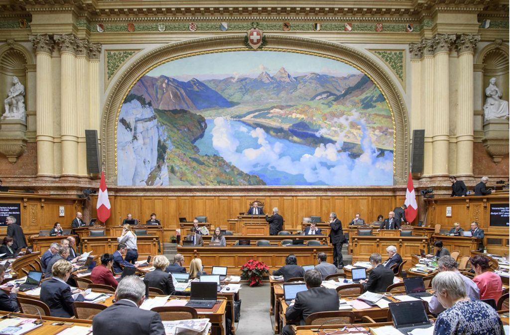 Der Nationalratssaal in Bern: Hier tagen die Schweizer Parlamentarier. Foto: Parlamentsdienste 3003 Bern