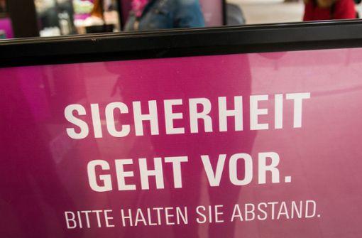 Wieder über 11.000 Neuinfektionen – viele Deutsche stehen hinter Maßnahmen