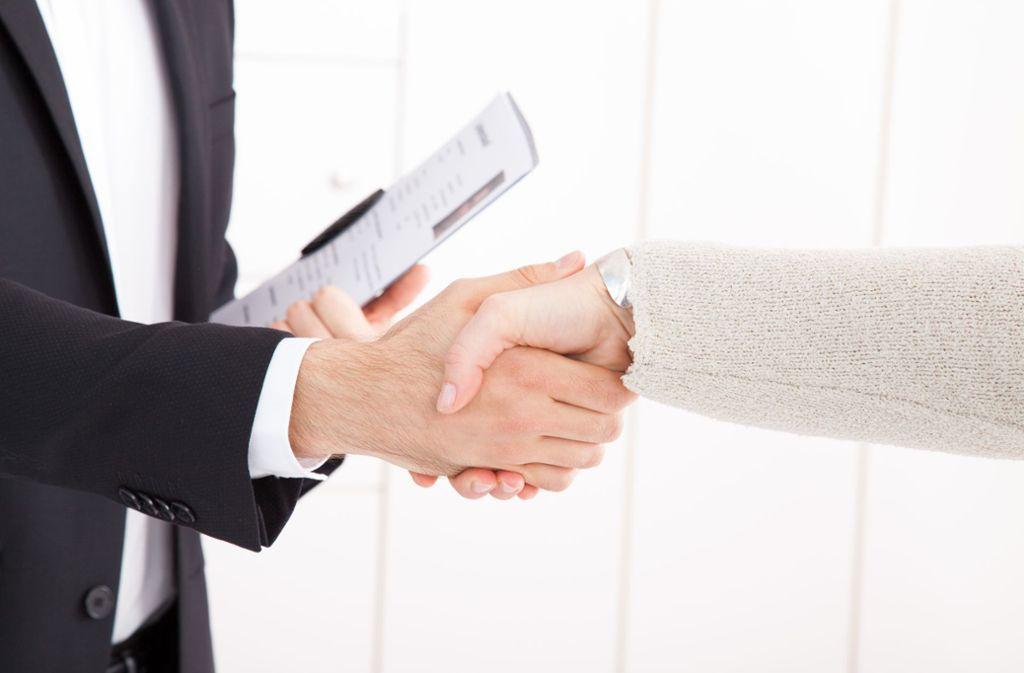 Auf ein persönliches Bewerbungsgespräch müssen Jobsuchende aufgrund der Coronapandemie derzeit verzichten. Foto: picture alliance/dpa/Christin Klose