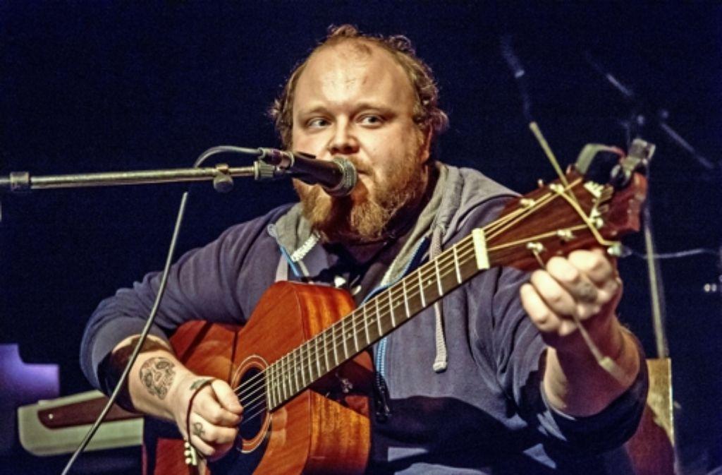 Andreas Kümmert begeistert das Publikum nicht nur mit seinen Songs. Foto: Martin Stollberg