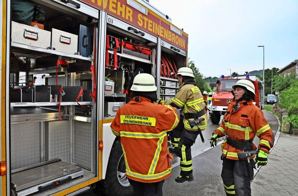 Das A und O ist, dass sich die Rettungskräfte blind vertrauen können. Und, dass sie sich über Gemeindegrenzen hinweg kennen. Das war beim Waldbrand hilfreich. Foto: Leihenseder