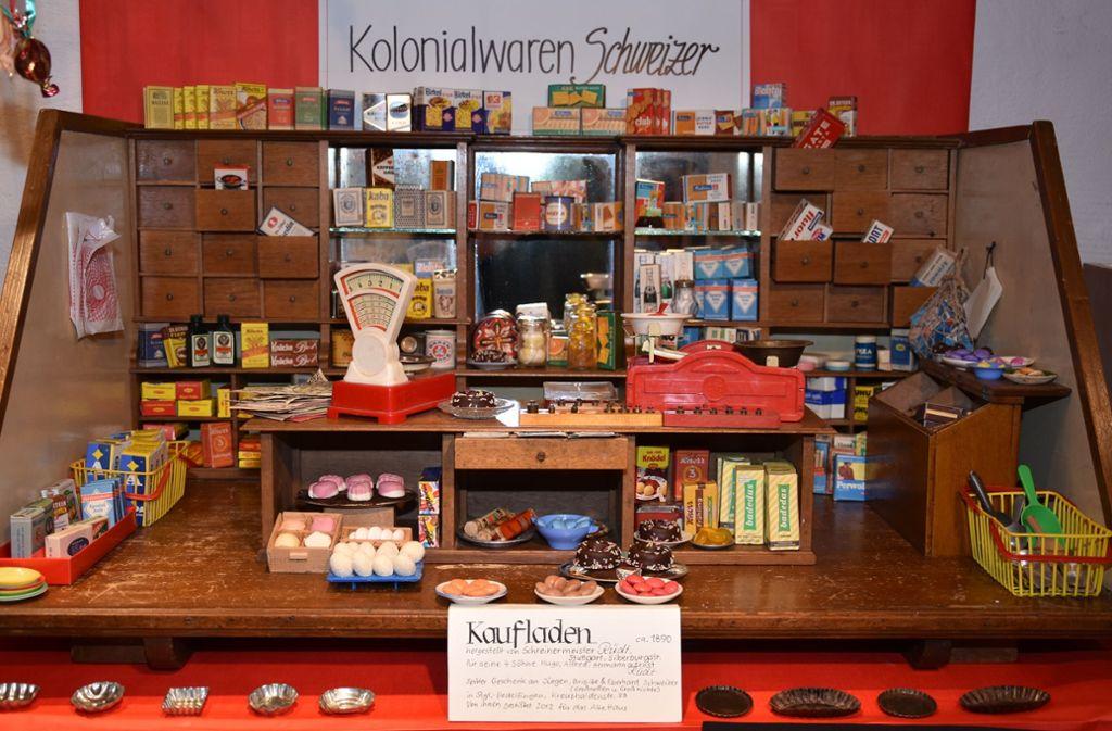 Vor 120 Jahren zimmerte ein  Schreiner seinen Kindern einen Kolonialwaren-Kaufladen zum Spielen. Foto: Mathias Kuhn