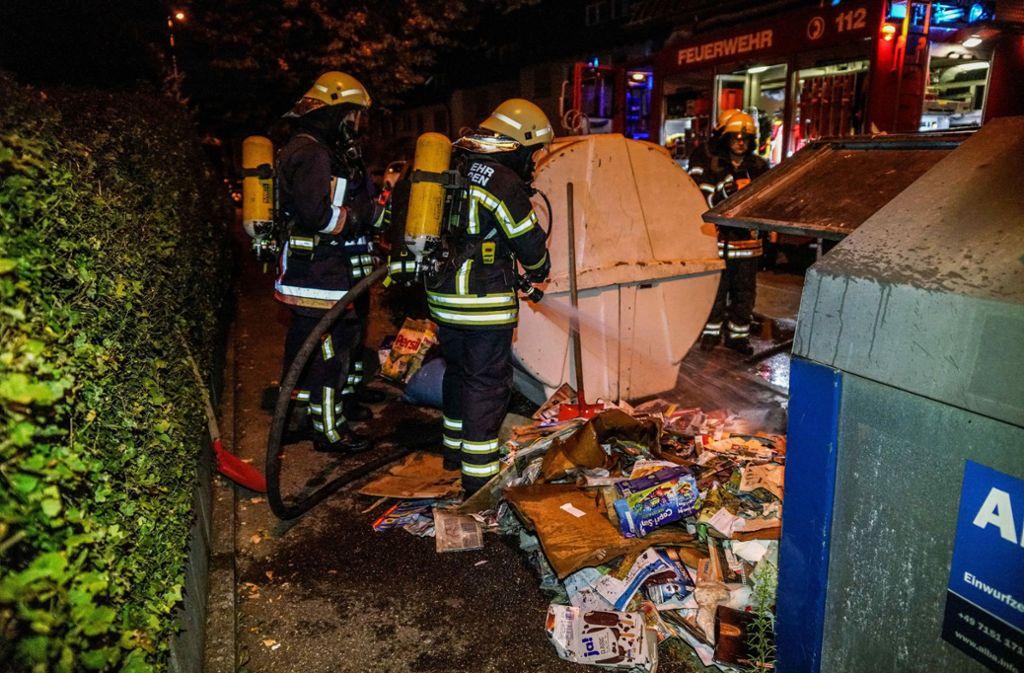 Die Feuerwehr hat den Containerbrand gelöscht.  Foto:SDMG. Foto: