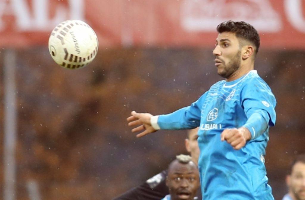 Elia Soriano hat bei den Kickers um ein Jahr verlängert. Foto: Baumann