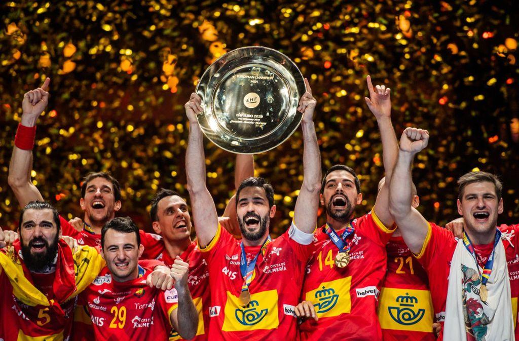 EM-Sieger: Ein Moment des Triumphes für die spanischen Handballmänner. Foto: dpa/Johanna Lundberg