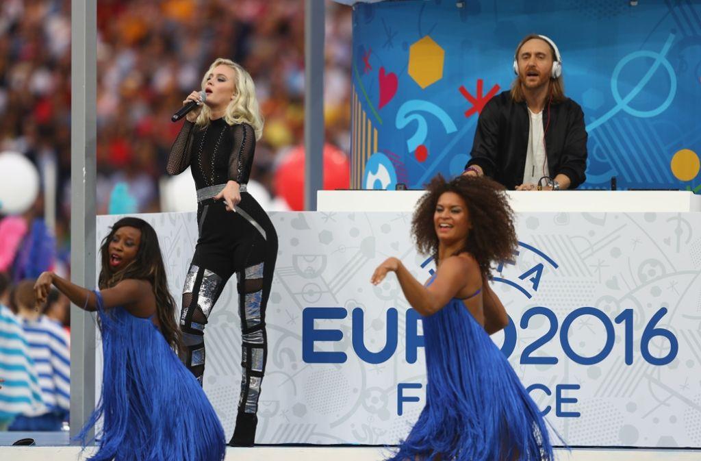 Die Sängerin Zara Larsson und DJ David Guetta Foto: Getty Images Europe